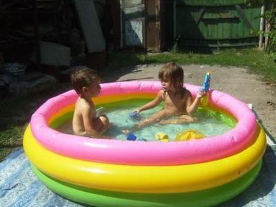 Игры с ребенком на воде